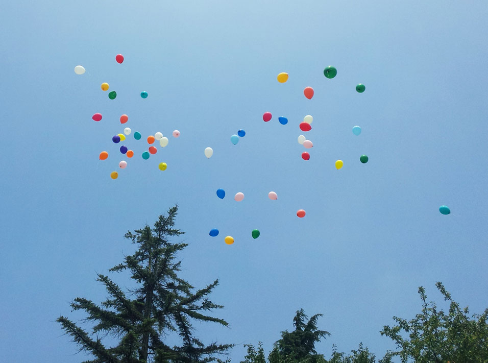 Balloons in flight - Kinuta Park, July 26, 2014