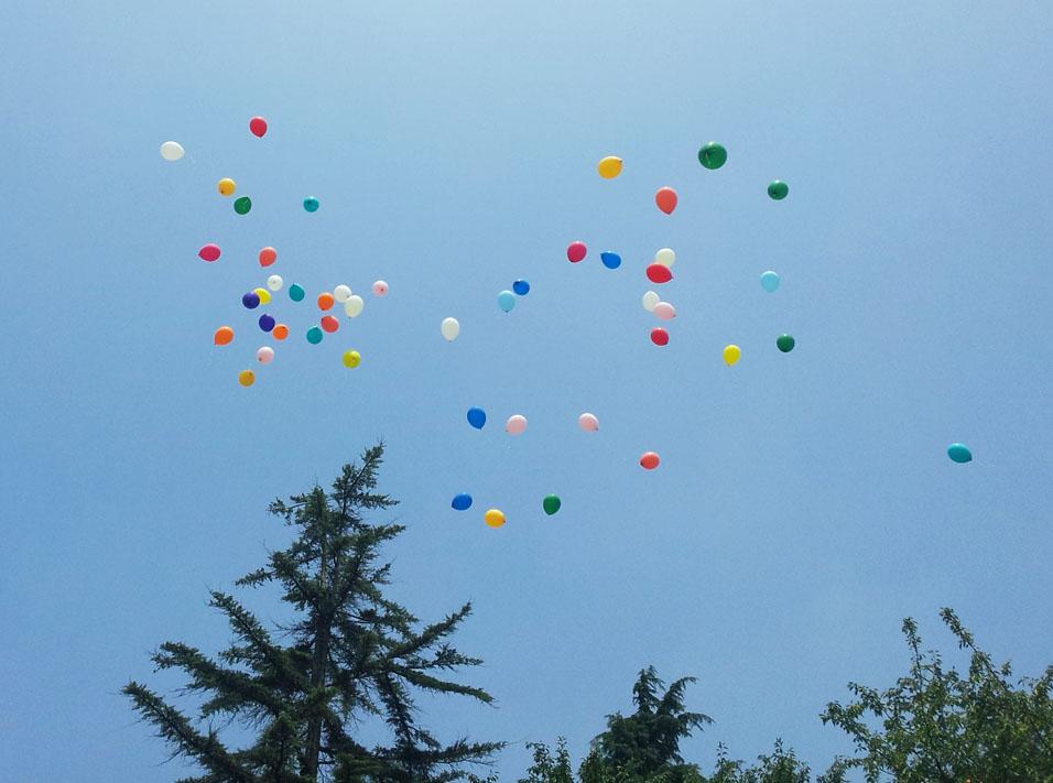 Balloons in flight - Kinuta Park, July 26, 2014